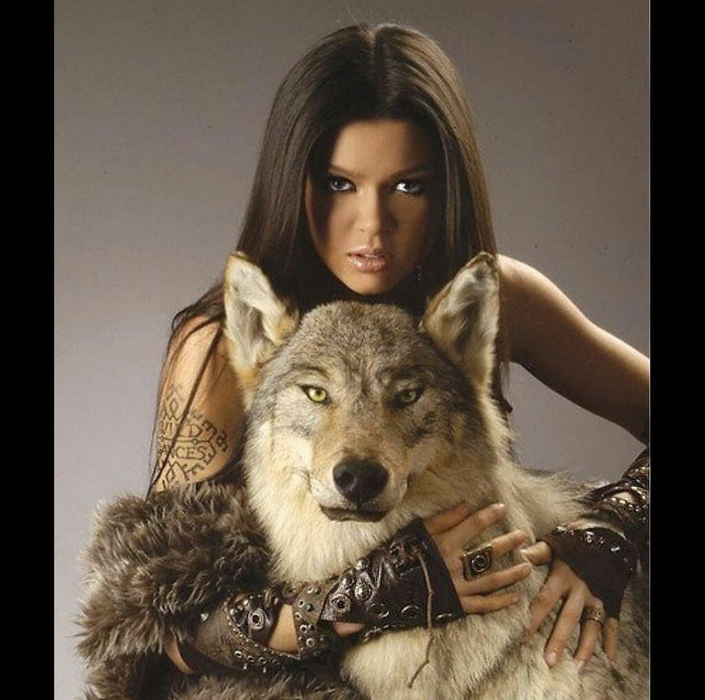 Женщины волчицы картинки