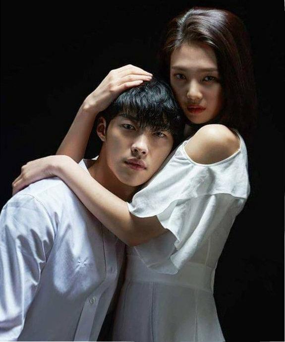 интимные отношения корейские мужчина и женщина видео потом можно
