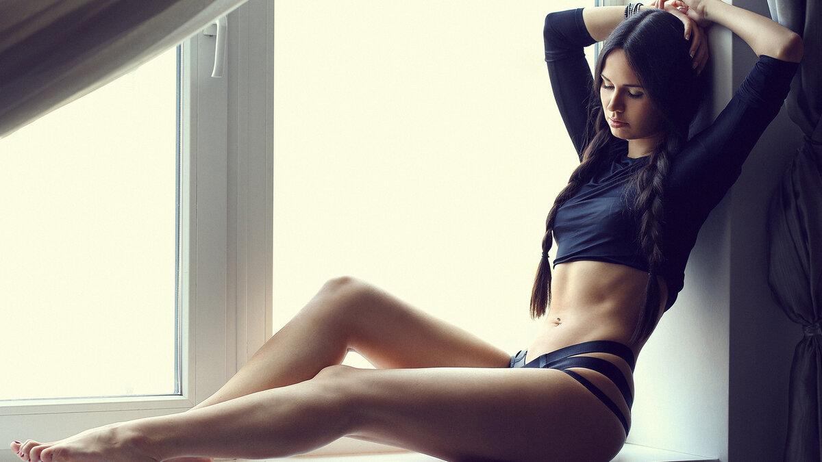 Ебля фото красивые стройные ножки женской