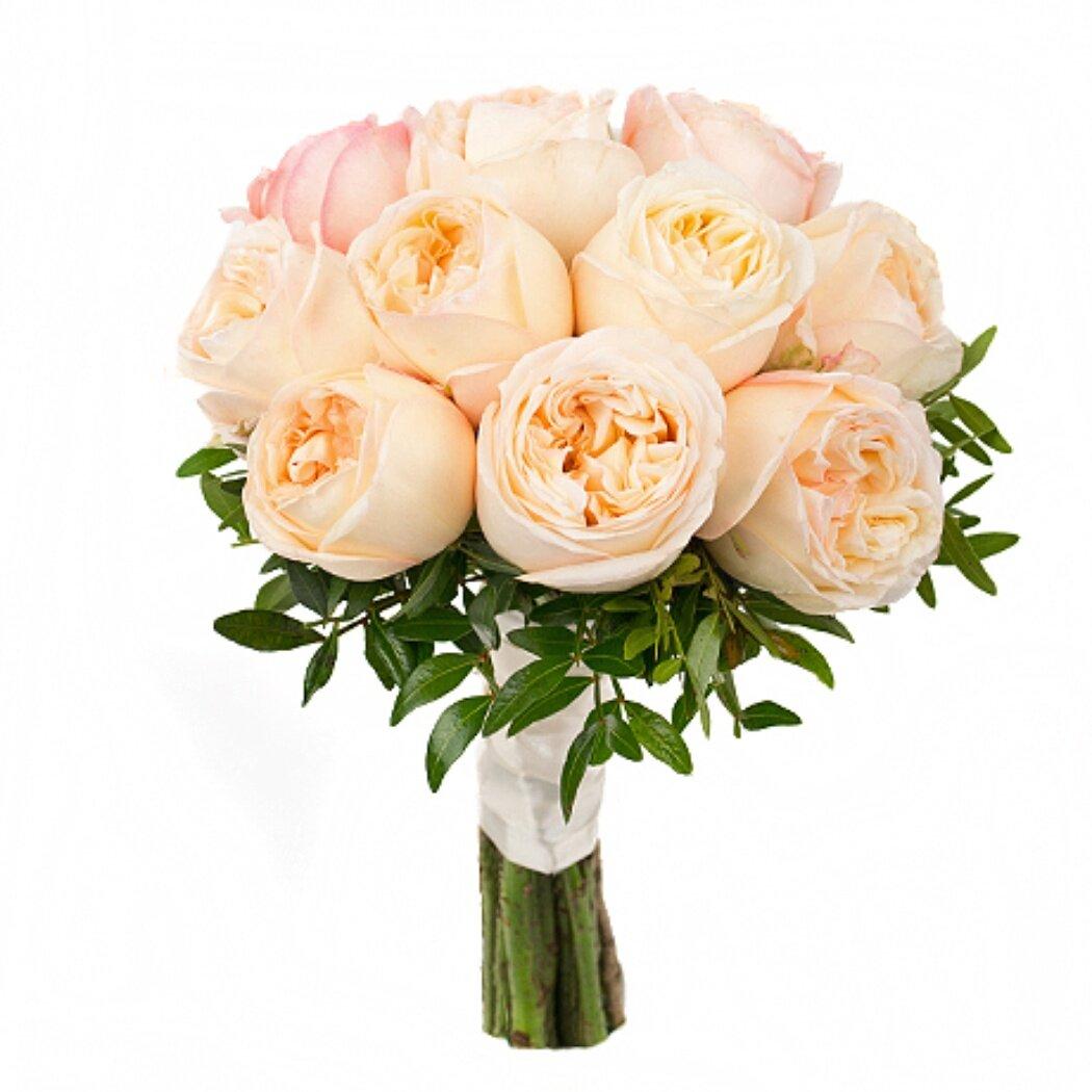 Краснодар букет, дешевый букет из пионовидных роз фото