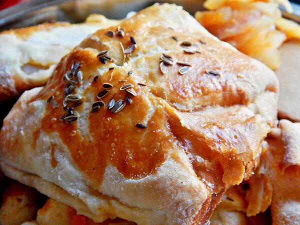 Пышные и вкусные пироги с капустою