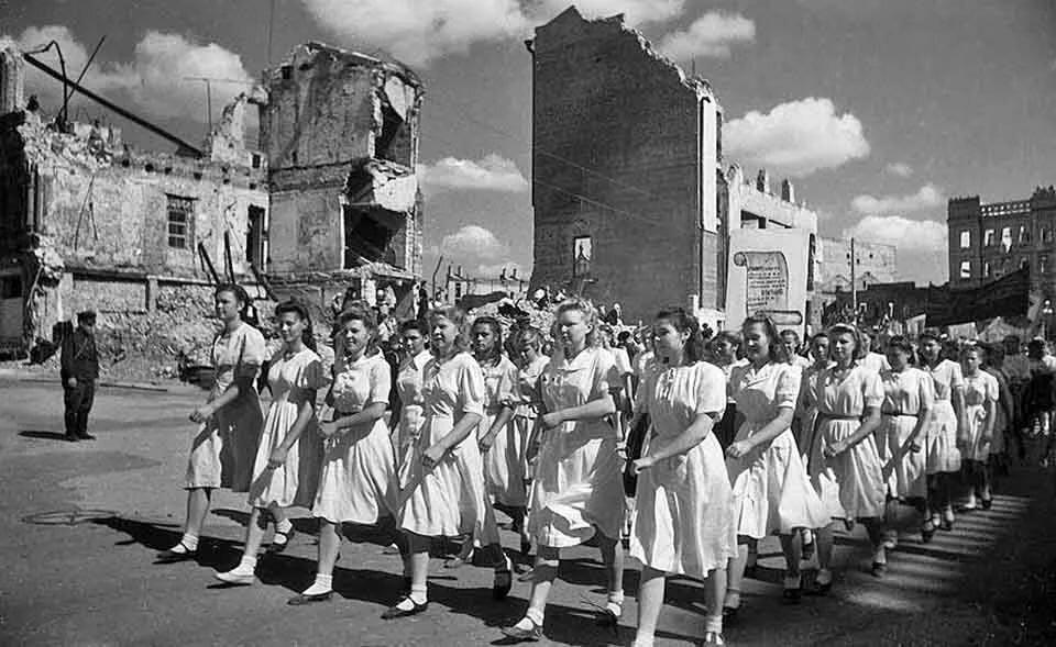 брукландс картинки послевоенное время гороскопу