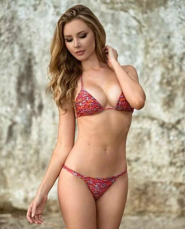 Tiffany Toth Women Lingerie Models Swimsuits Bikinis Swimwear Camvideos 1