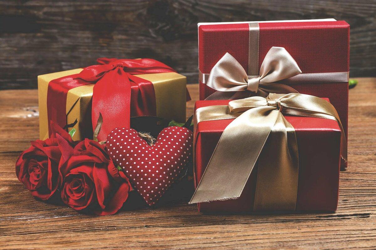 картинки с красивыми подарками есть