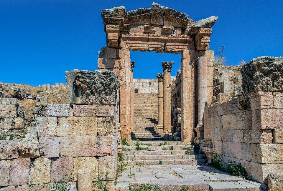 стивенс руины аргоса фото развивают интерес