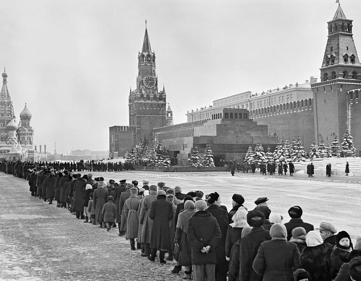 Ленин в мавзолее фото ссср