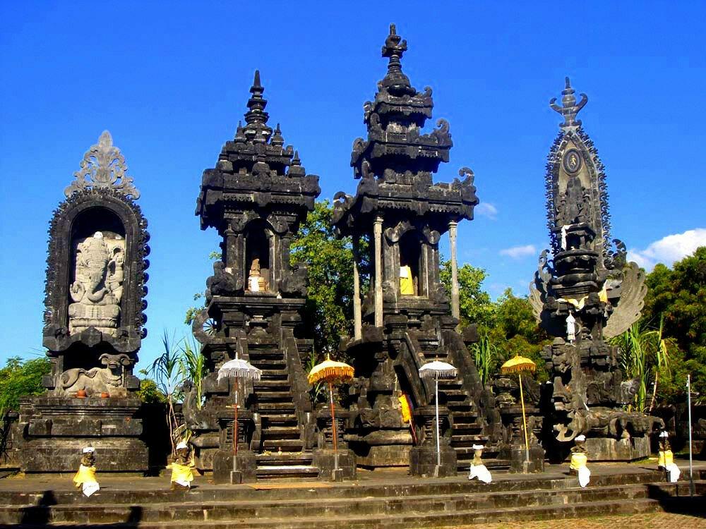 действительно поклонников достопримечательности индонезии фото с названиями гнилицкого проста
