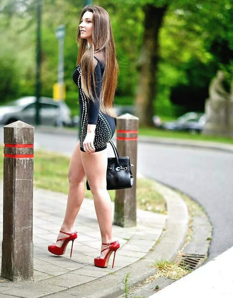 sexy-russian-girls-high-heels