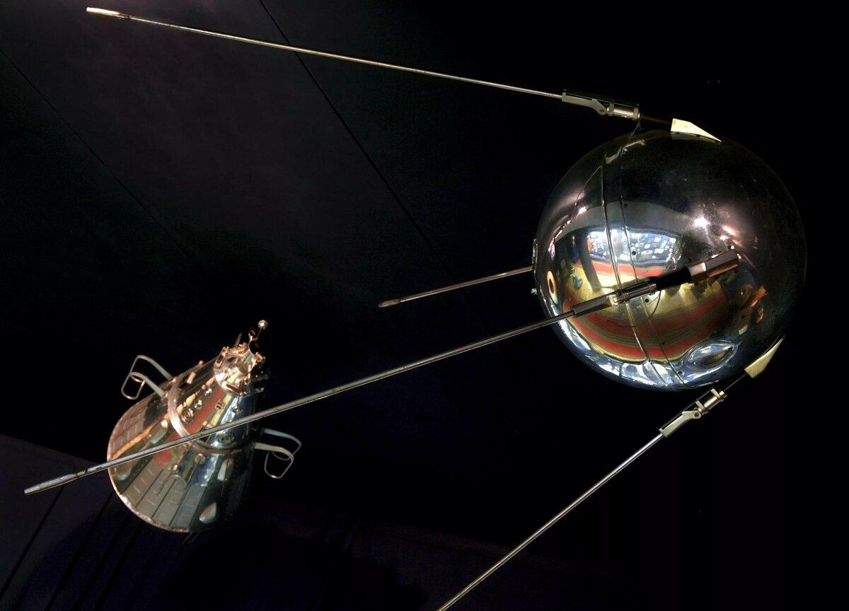 искусственные спутники фото кристаллы нашли свое