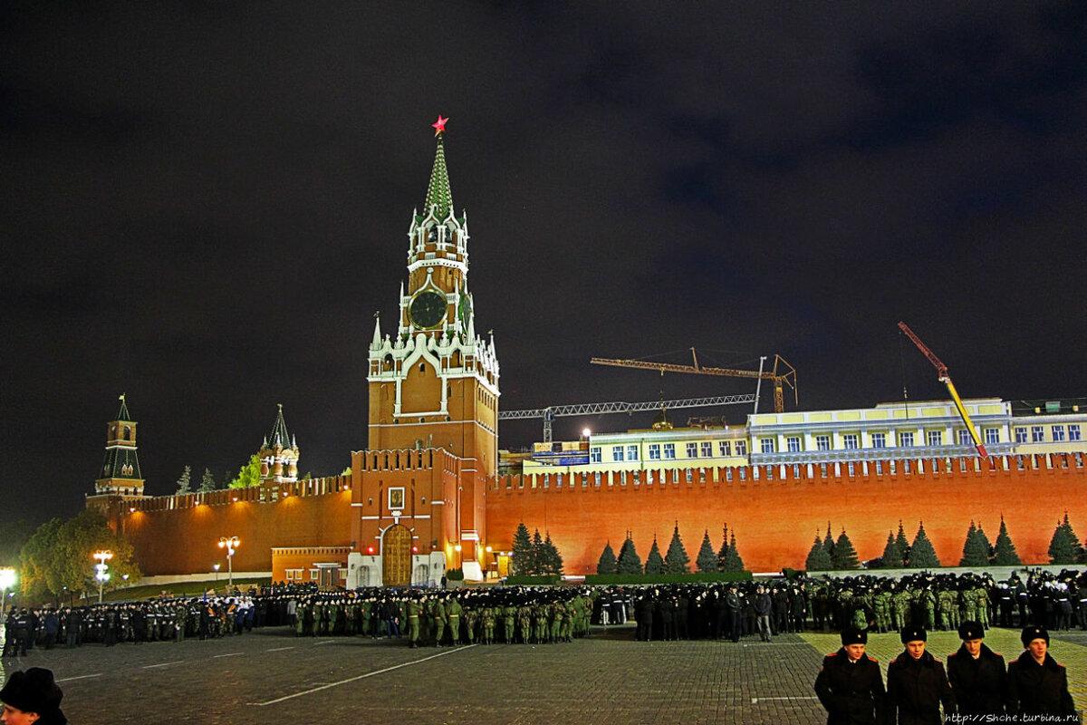 картинки москвы государственные почему-то