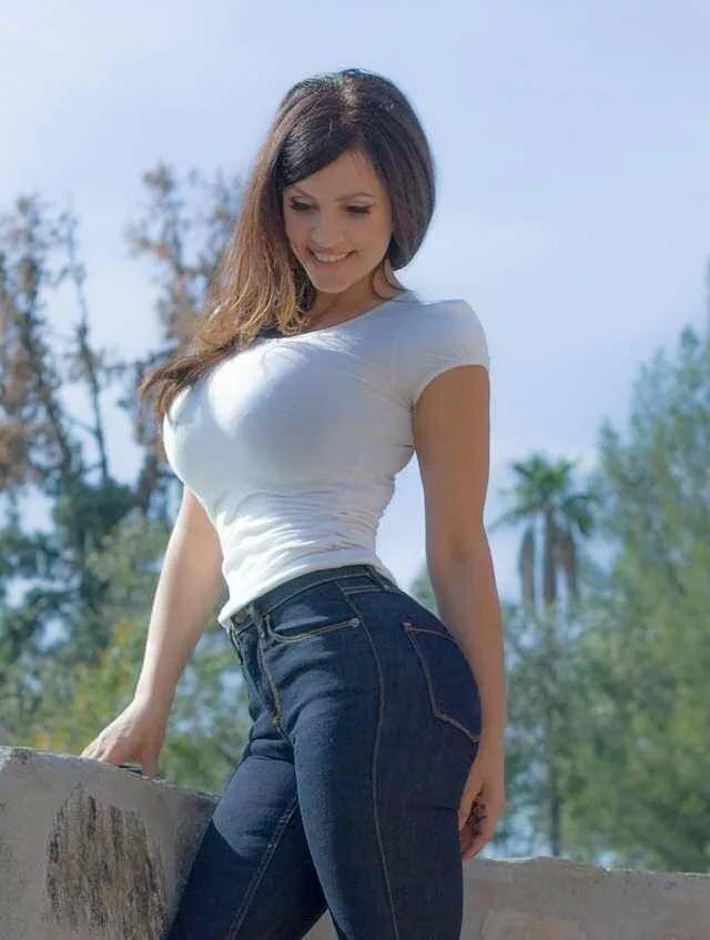 big-titstight-top-big-titty-sluts-streaming-sex-vids