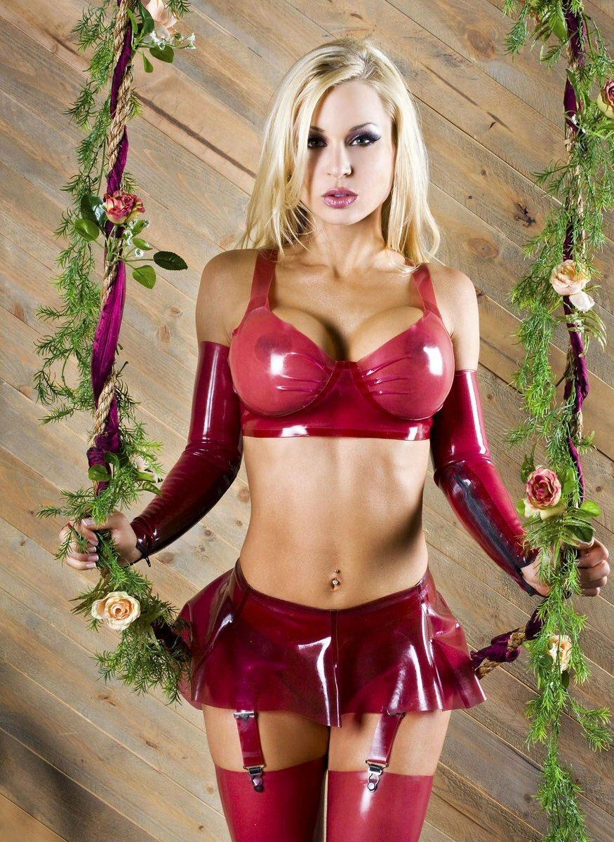 Эро фото девушки латекс бикини, попка тв смотреть порно