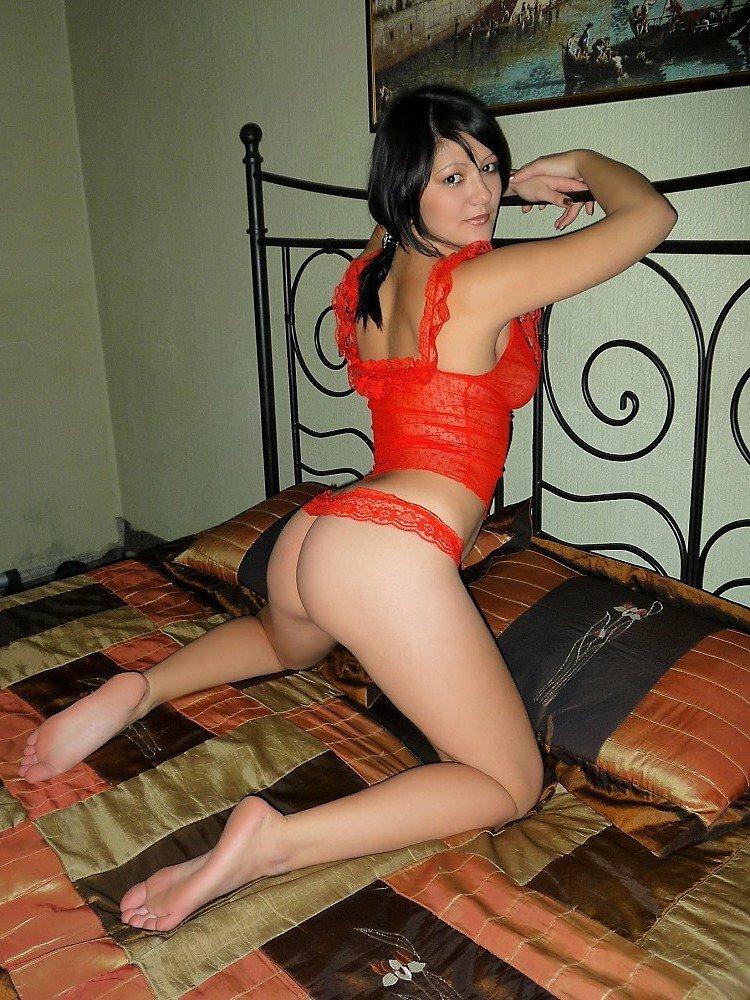 vizvat-prostitutku-na-dom-v-rostove-donu-otsosala-stoya