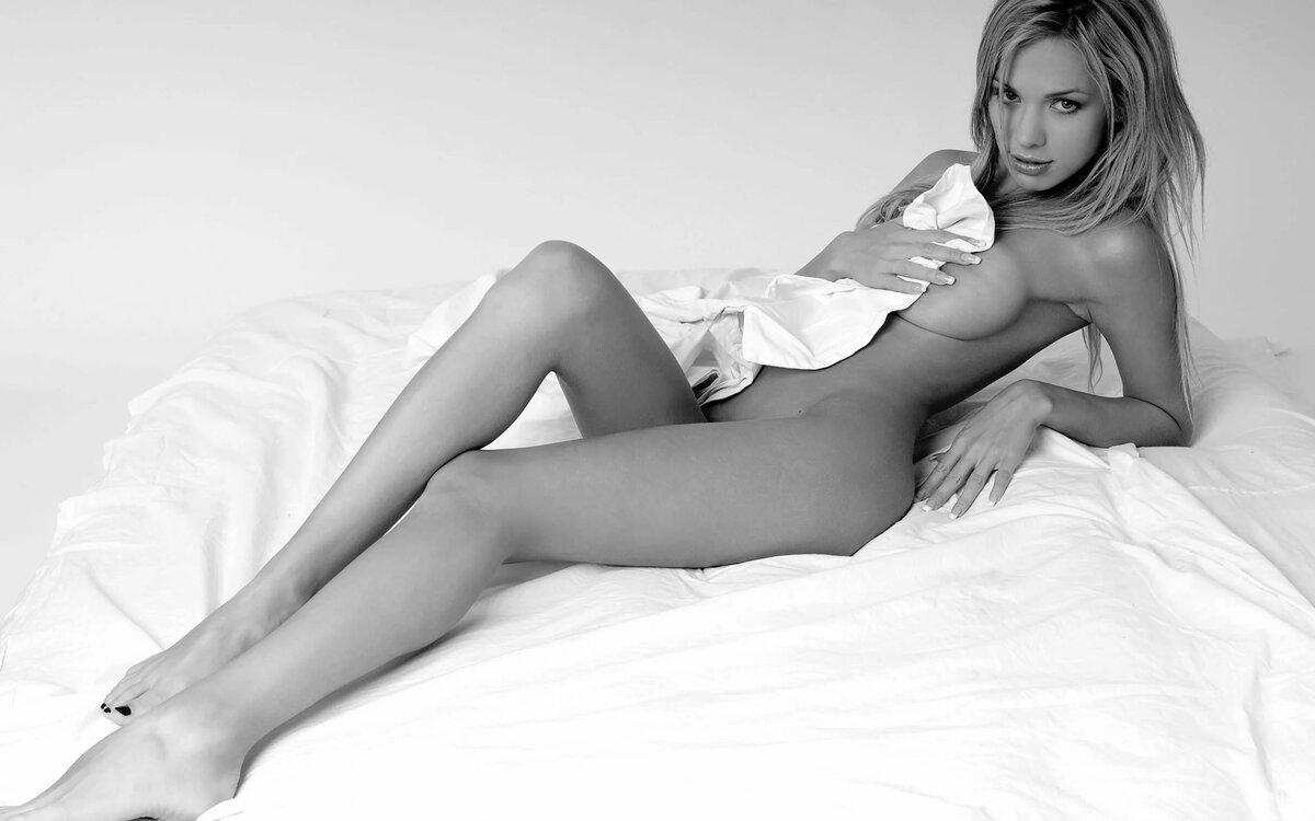 samaya-krasivoe-eroticheskoe-foto