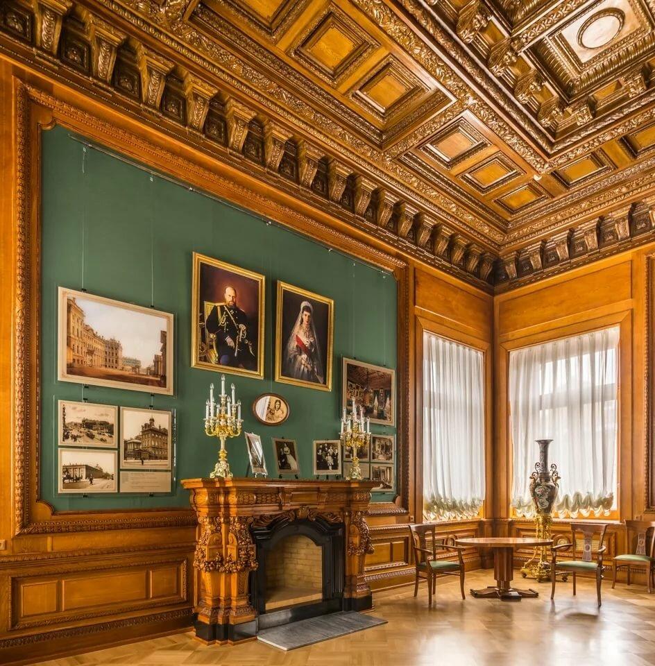 первых аничков дворец фото родилось