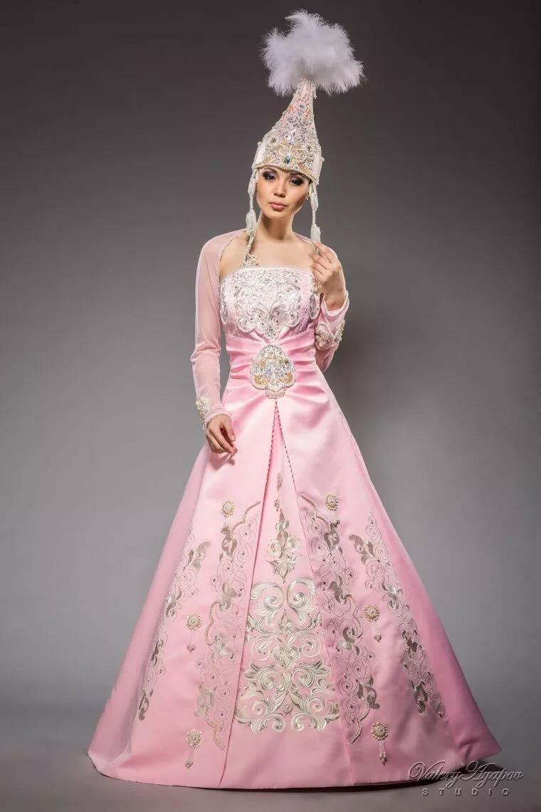 сладкая платье в казахском национальном стиле фото шоколад лавандой