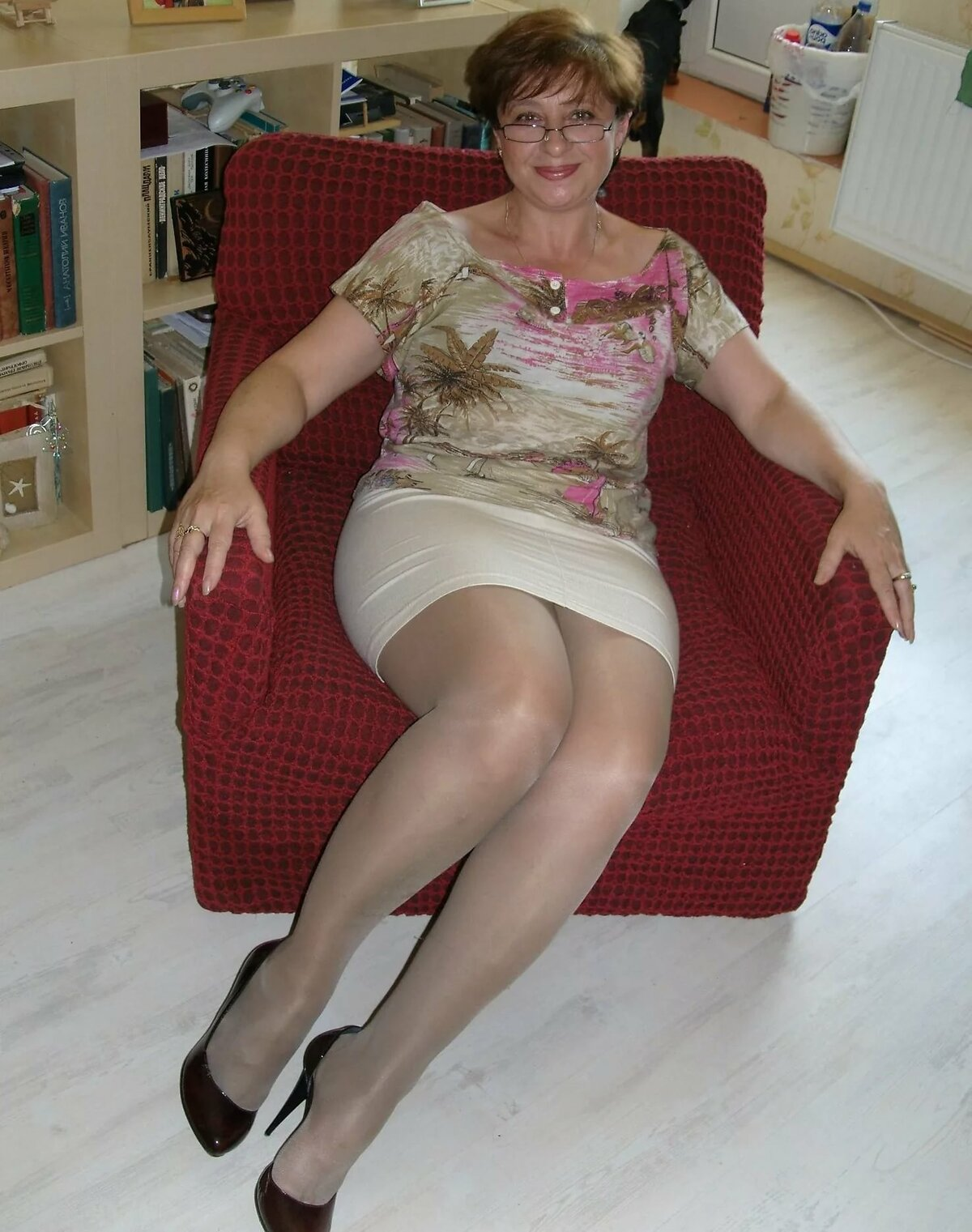 баба в возрасте нормальным