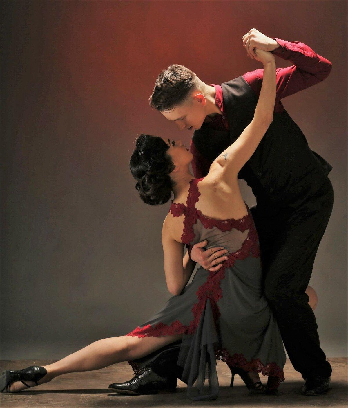 Картинки танго