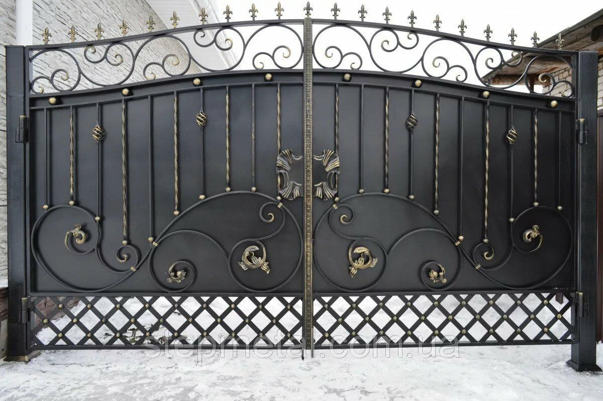 Картинки ворот с коваными элементами