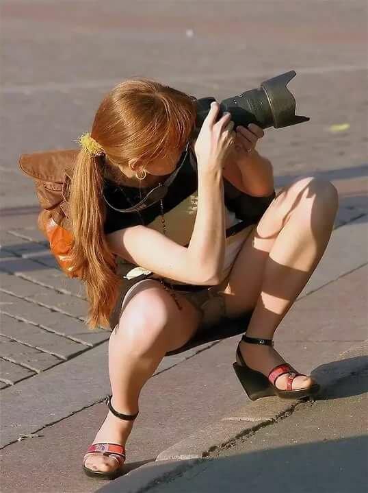 Под юбками фото засвет, порно русское принудила лизать