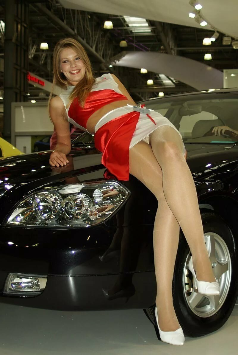 Эротика на автосалонах