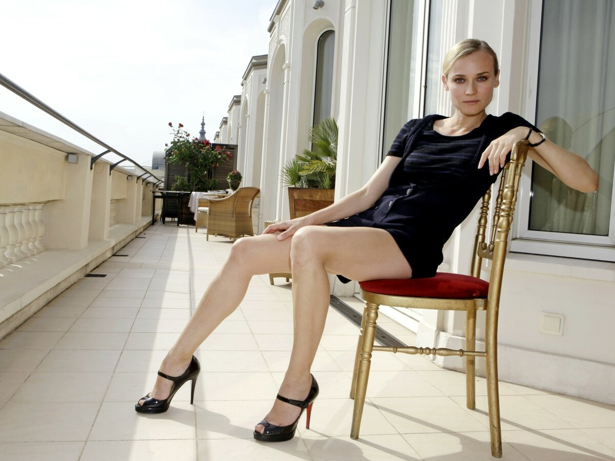 фото русских девушек в юбках актеры