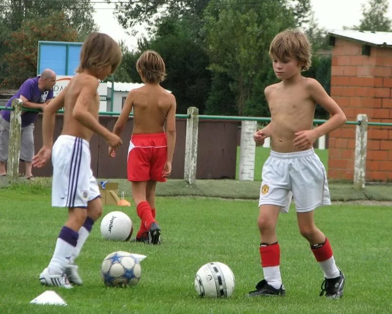 Nude russian boys soccer — photo 6