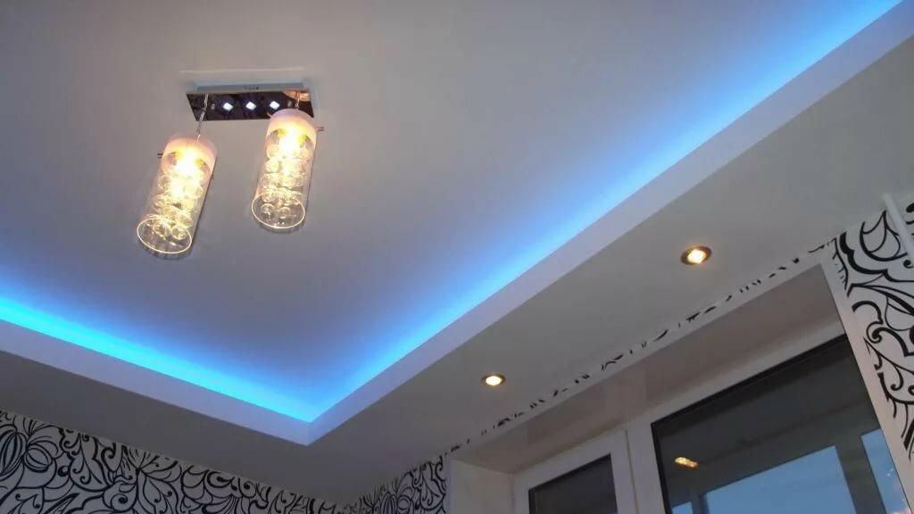 двухъярусные потолки из гипсокартона с подсветкой