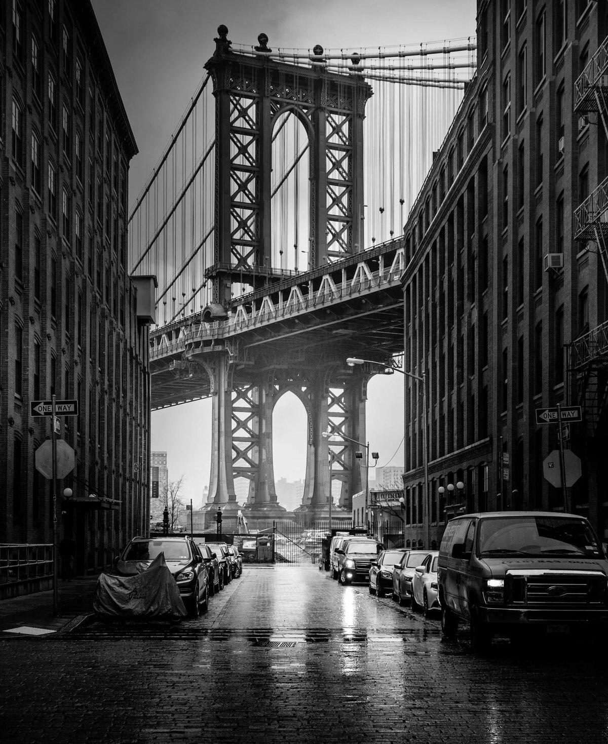 Постеры с городами мира черно-белые вертикальные