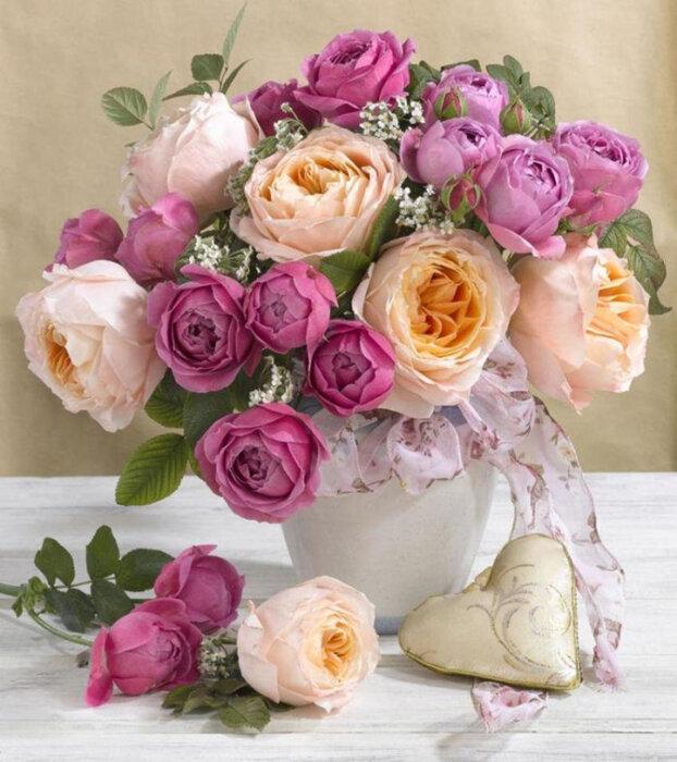 Открытки с днем рождения пионы и лилии