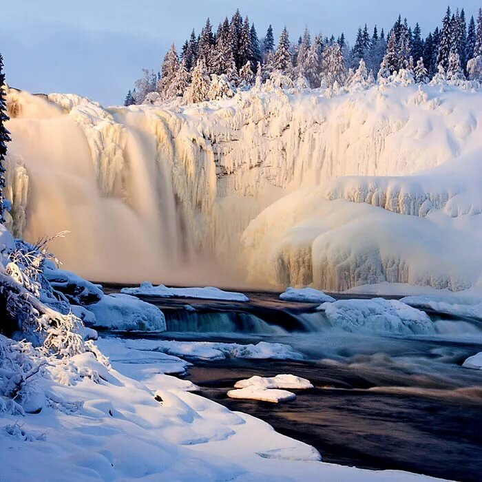 Гифки водопады зимой