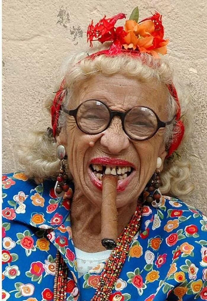 Картинки про смешных бабулек