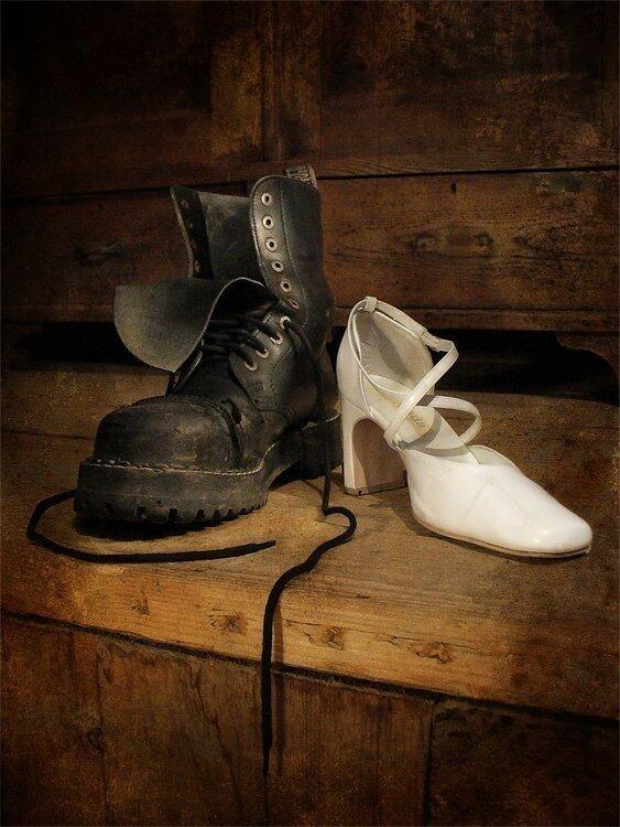 Картинки туфля и ботинок не жаль