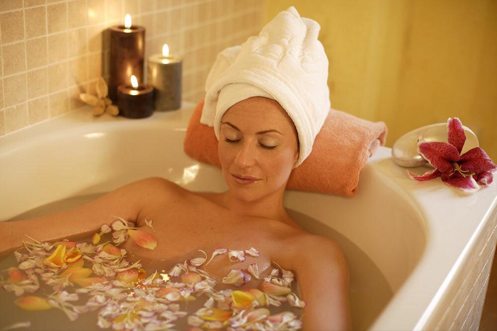 Большие жена после ванны фото искусственная