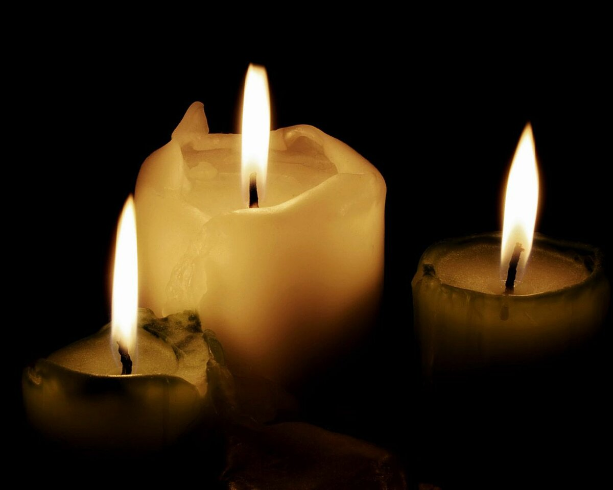 Открытки со свечами поминальными, паровозик