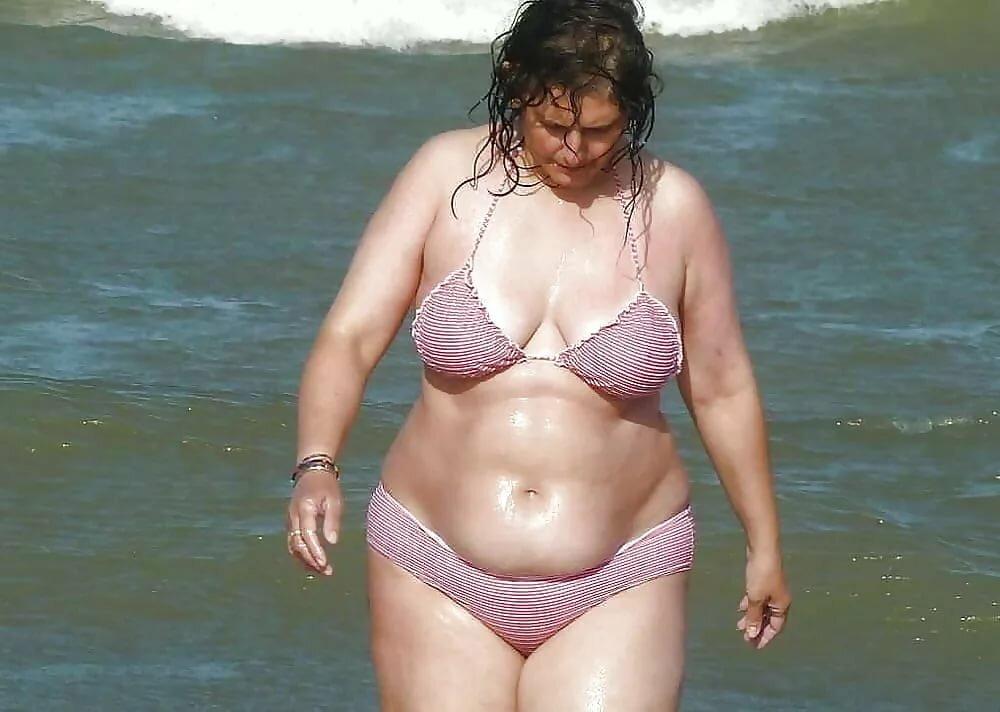 fat-mature-bikini-porn-videos-on-your-phone