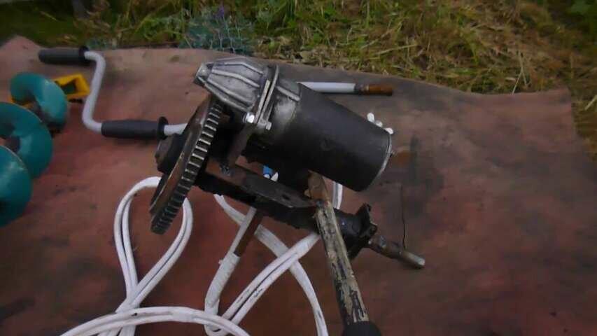 Как сделать электробур для зимней рыбалки своими руками