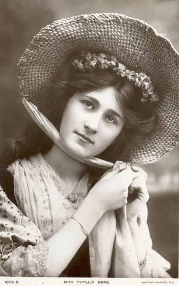 Открытки с женщинами начала 20 века