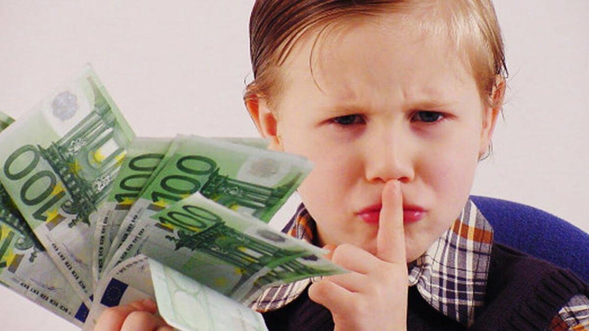 В комментариях спрашивают по поводу вывода денегЕсть 2 самых удобных варианта для вывод денег с апворка и других мест где можно зарабатывать в интернете это платежные системы Payoneer и Skrill У