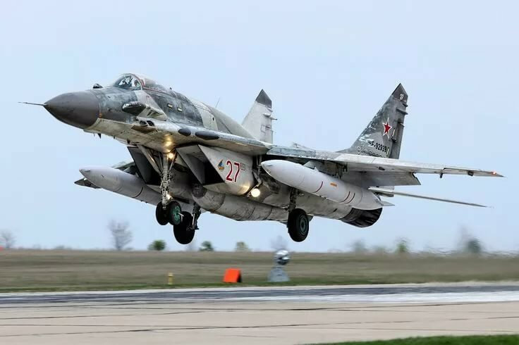russian air force continues - 736×490