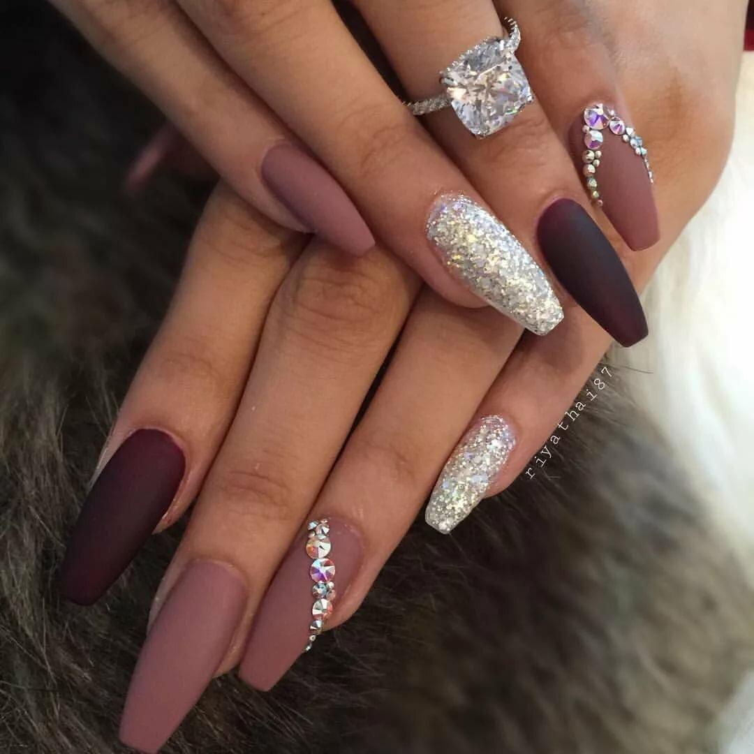 табличке, картинки красивых нарощенных ногтей в форме балерина стильные замшевые зимние