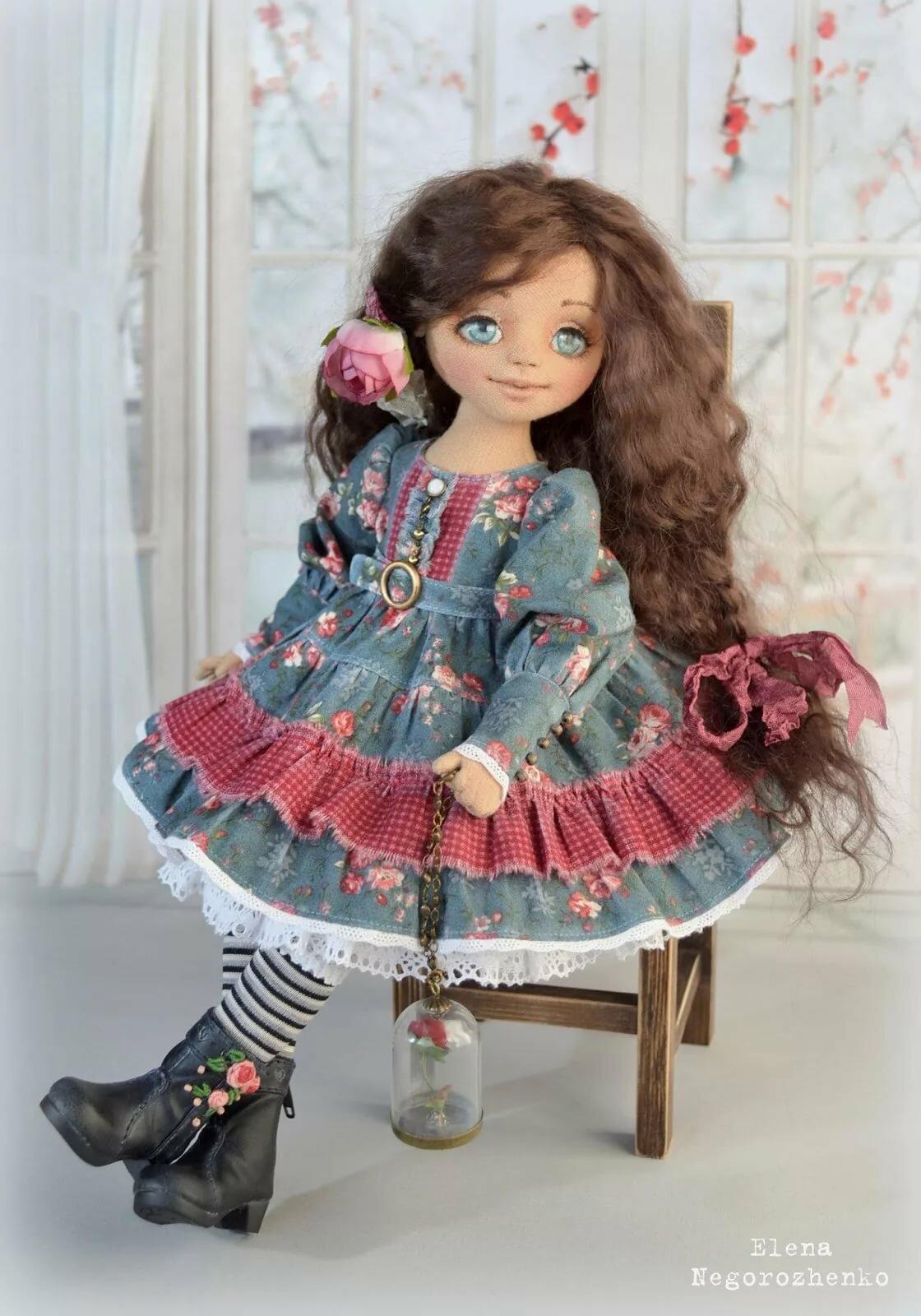 этот ливинтернет куклы картинки красновато-прозрачный окрас
