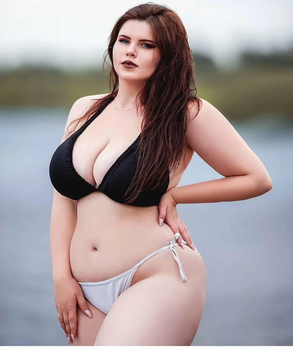 толстые девушки с большими грудями фото это
