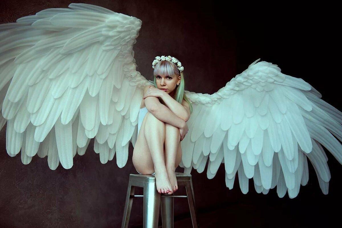 Огромный ангел картинка