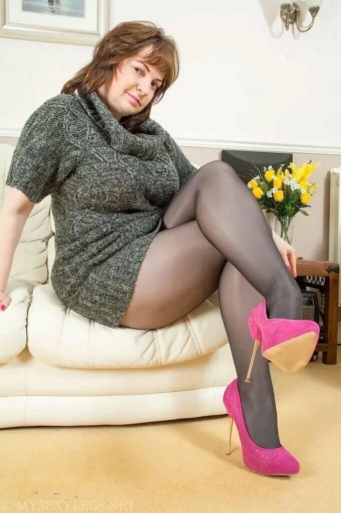 Older sex pantyhose