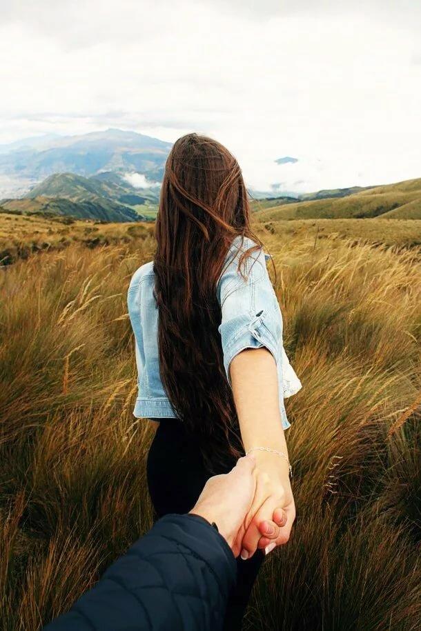 Картинка парня и девушки с русыми волосами