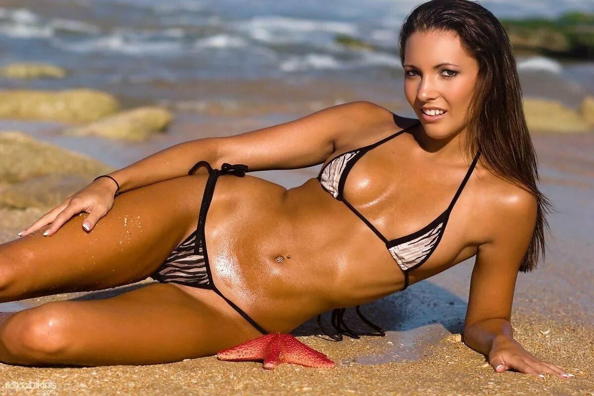 Bikini super model pics
