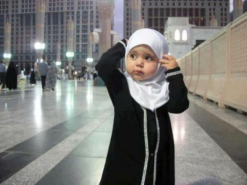 Картинки мусульманские девушки с надписями аллах, дню
