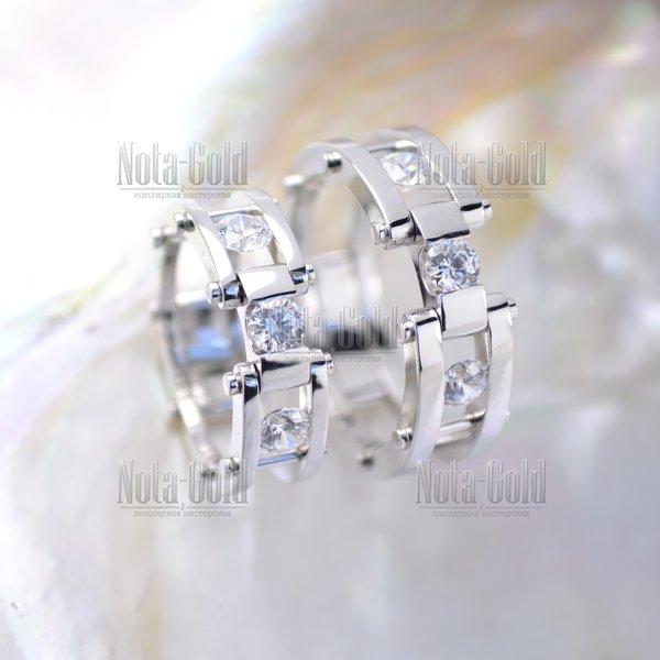 d6c4fc937174 Обручальные кольца браслетного типа на штифтах из белого золота с крупными  бриллиантами (Вес пары
