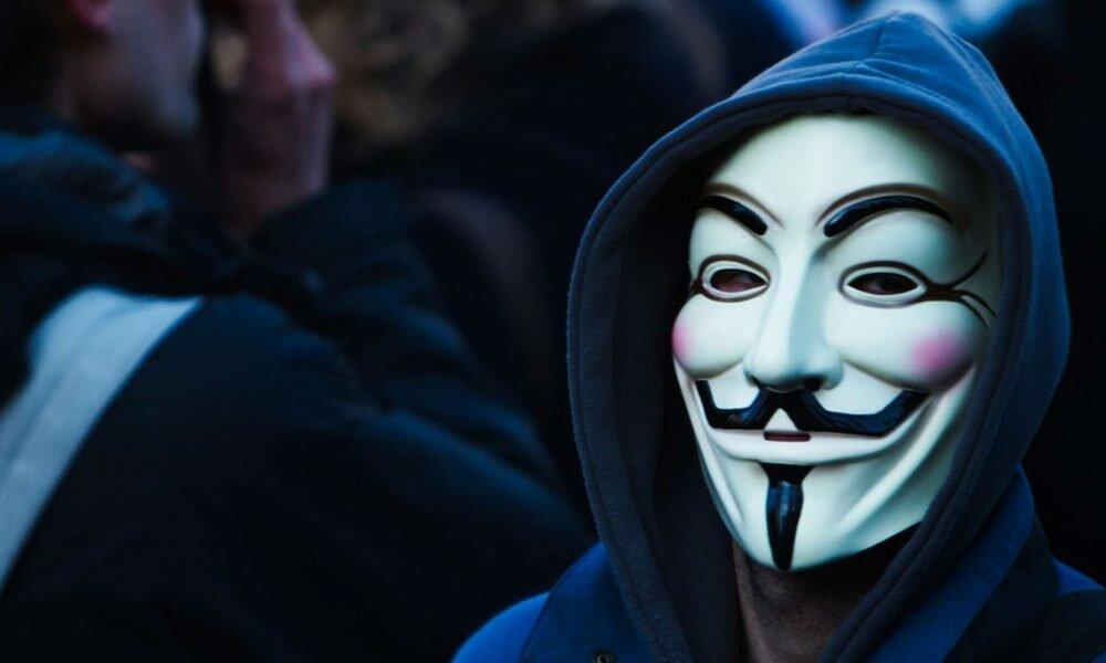 Крутые картинки людей в масках, стихами для